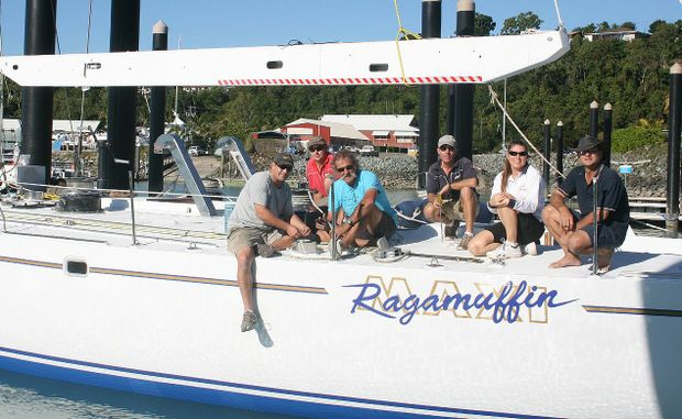 This week Ragamuffin is back in action. Working on the final touches of the boat last week were Mike Stevens, Allan McKay, George Clanfield, Andrew Clode , Wendy Ovenden and owner Bernard Heimann.