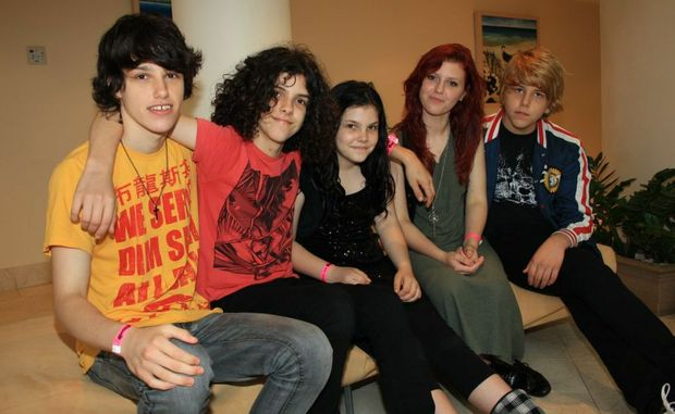 Freak Morice band members Daniel, Nathan, Shani, Kahlia and Joel Ferguson.