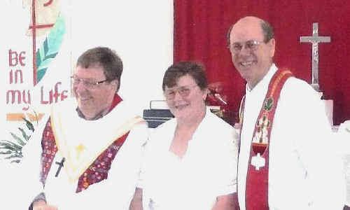 A COMMUNITY WELCOME: Pastor Stephen Jaensch, Robin Jaensch, Pastor Noel Noack. cont