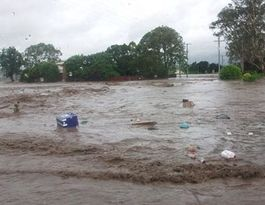 Flood witness remembers ute 'spinning' in raging water