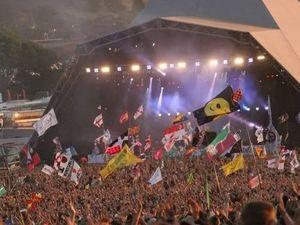 Kanye West's diva demands at Glastonbury