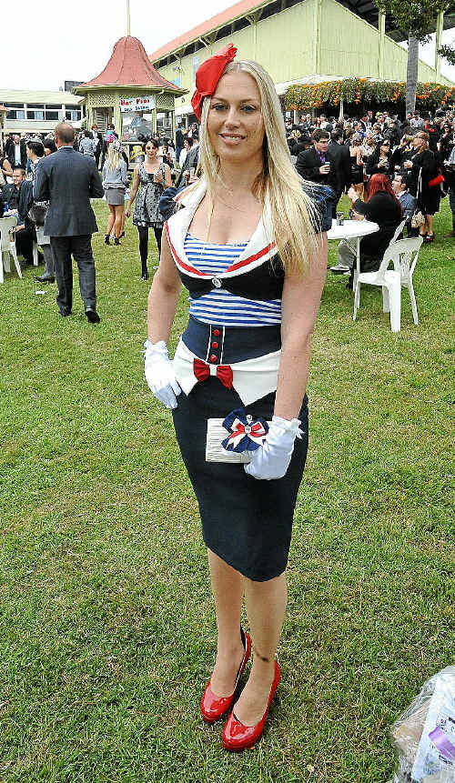 Grafton Shoppingworld Fashions on the Field Women's Contemporary Racewear winner Donna Napier, of the Gold Coast, originally of Grafton.