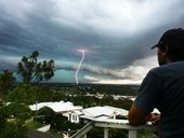 The Bureau of Meteorology reports that severe thunderstorms are no longer affecting the Southeast Queensland area.