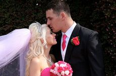 Toowoomba's Roseanne Hogan and rugby league player Brett Seymour tie the knot in New Zealand.