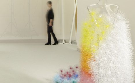 French designer Emmanuelle Moureaux created a wedding dress using five hundred wire baubles at this year's DesignTide Tokyo.