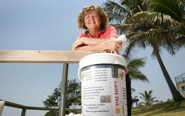 Emu Park resident Lila Muir has picked up on a simple idea to help keep our beaches clean and wants council to implement the initiative.