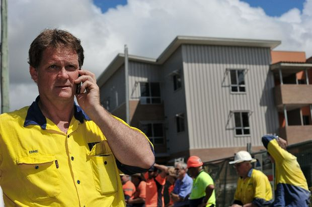 Coffs Harbour tradies are hopeful of returning to St Hilliers troubled worksite on Harbour Dr this week.