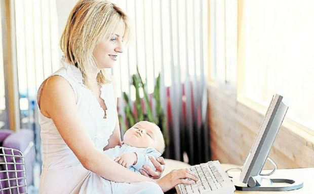 Busy mums are loving the latest online grocery shopping services.
