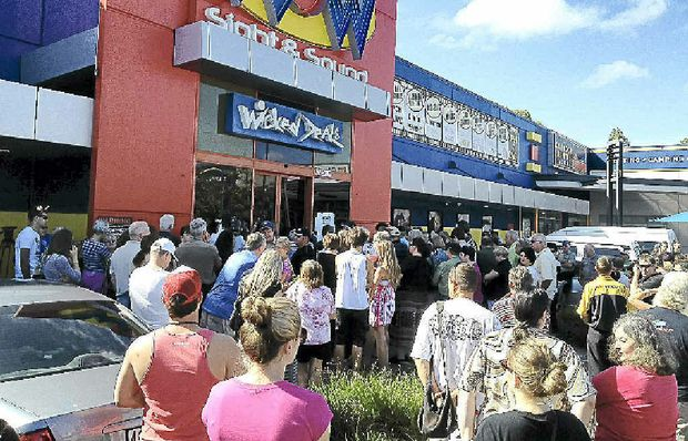 DOOR BUSTER: Shoppers hoping to snap up a bargain at WOW Sight and Sound at Maroochydore's closing down sale