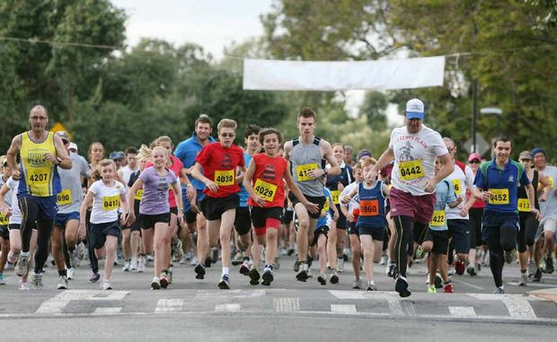 More than 1000 participants start the 2km and 5km race at last year's Rotary Club of Rockhampton Rocky River Run.