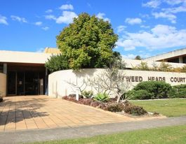 Kingscliff school exposure man avoids jail