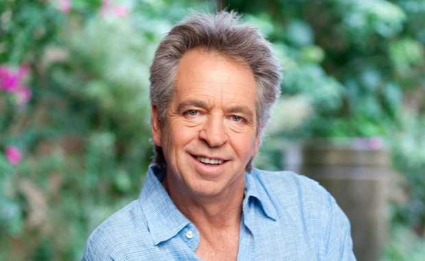 Brian Nankervis hosts the TV series Pictures of You.