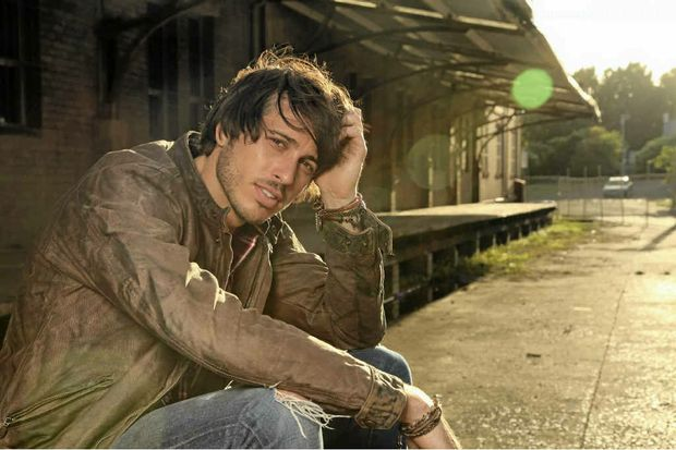 Singer-songwriter Morgan Evans will bring his brand of country to Rockhampton's Beef Australia 2012 next week.