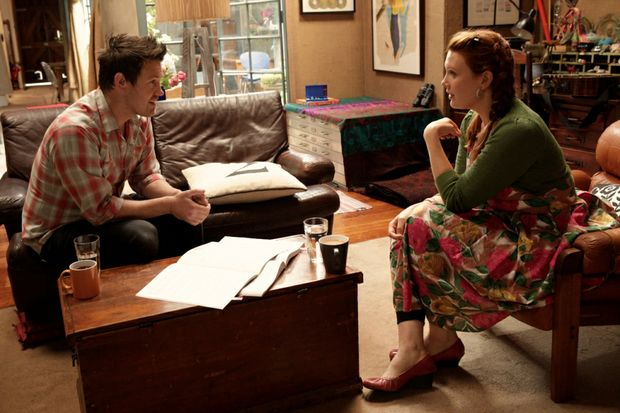 Eddie Perfect, left, and Clare Bowditch in a scene from the TV series Offspring.