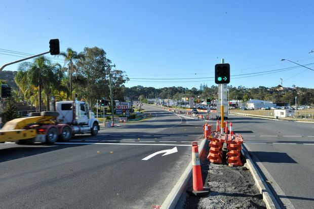 Hurley Drive traffic lights. Photo: Trevor Veale / The Coffs Coast Advocate.