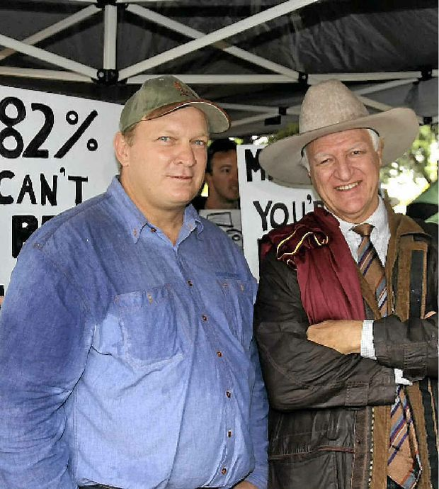 Member for Dalrymple Shane Knuth and The Australia Party's Bob Katter at Moranbah.