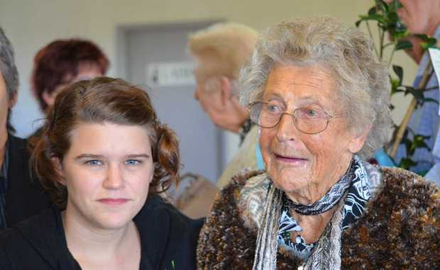 Youngest volunteer Matilda Baldwin and oldest volunteer Francis Emery who retired at 97 years old two years ago.