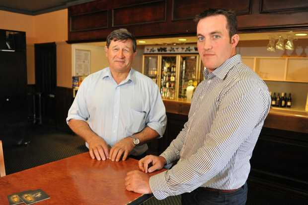 Shadow Minister for Agriculture John Cobb talks with Abbotsleigh Citrus's Michael McMahon.