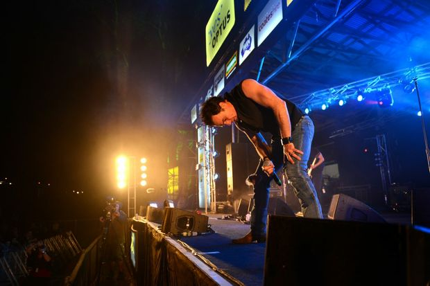 Shannon Noll on Main Stage on Thursday night.