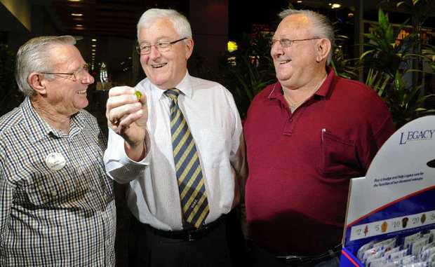 Grafton Legacy honorary treasurer Bob McFarlane, Grafton District Services Club president Warren Tozer and Grafton honorary secretary Ron Shoebridge share a laugh. Mr Tozer donated $2500 to Legacy Grafton on behalf of the GDSC.