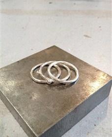 3 stack ring