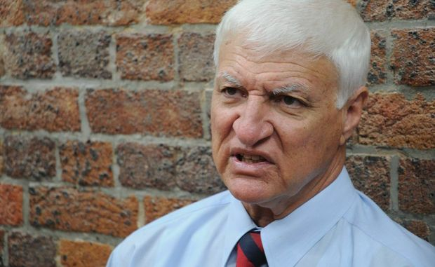 Mr Katter shot down speculation about uniting with other political forces, including billionaire Clive Palmer.