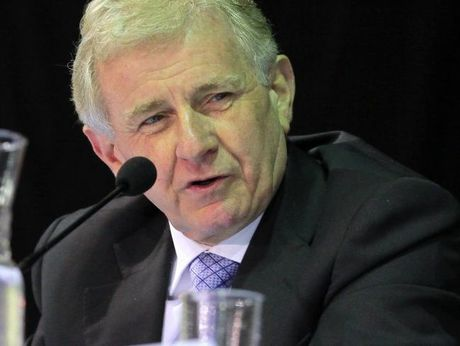 Regional Australia Minister Simon Crean.