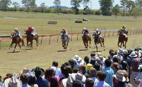 KUMBIA RACE DAY: The finishing stages of Tuesday
