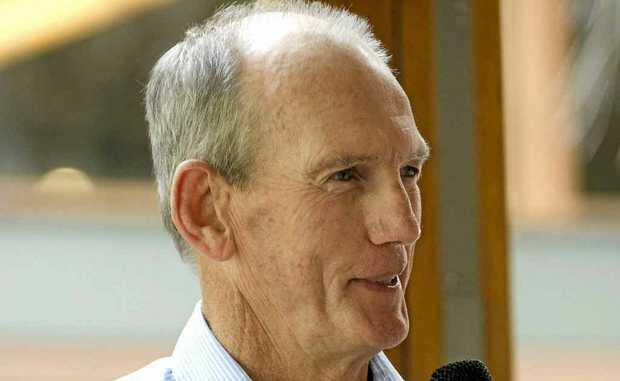 League legend Wayne Bennett will speak at a fundraising breakfast for Warwick Safehaven later this month.