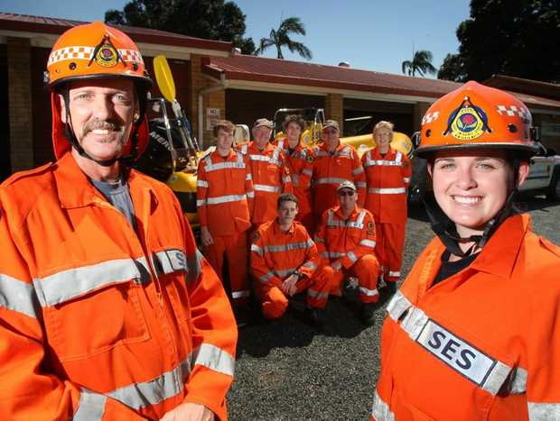Jamie and Cheyenne Wickert (front) and other Banora point SES members Photo Blainey Woodham / Daily News