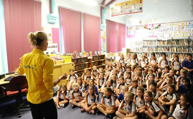 Australian Olympic gymnast and diver Alexandra Croak visited staff and students at Harwood Public School. Photo JoJo Newby / The Daily Examiner