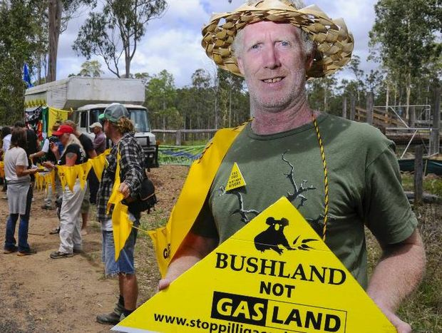 Theo Jongen showed his support at the protest against coal seam gas held outside a property on Avenue Road near Glenugie. Photo: JoJo Newby / The Daily Examiner