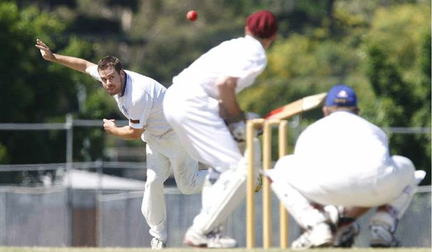 TOUGH TASK: Brothers bowler Dave Richardson is preparing for a testing match against runaway competition leaders Laidley.