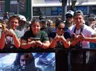 Hobbit cast greet fans at world premiere in Wellington