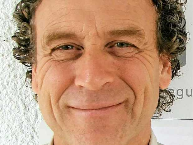 WORKSHOPS: Phil Kemsley.