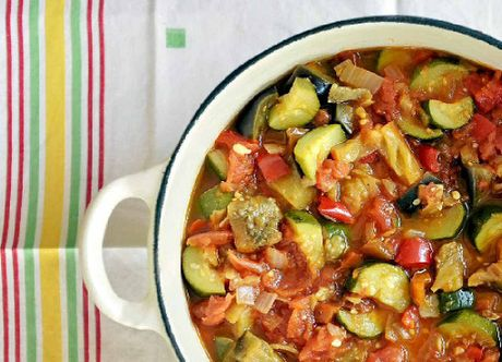 Non-starchy vegetables, such as those found in ratatouille, can help improve hair health.