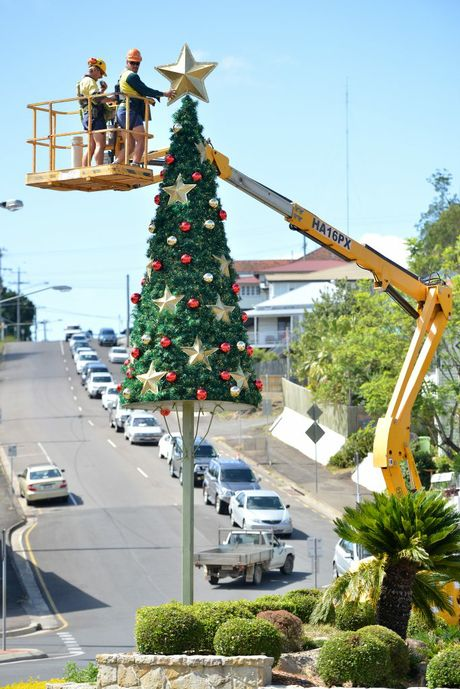 Christmas tree being put up at the five ways round about. Photo Renee Pilcher / The Gympie Times