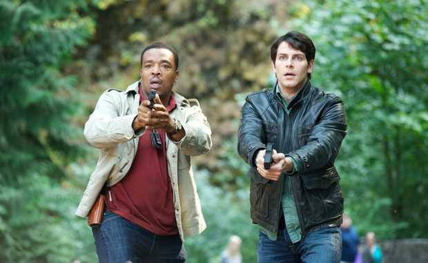 Russell Hornsby (left) as Hank Griffin and David Giuntoli as Nick Burkhardt in Grimm.