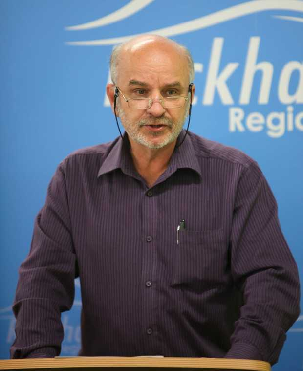 rok-budget29d Cr Greg Belz. ALLAN REINIKKA AR29-0610-4