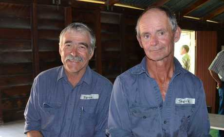 SAYING G'DAY: Bernie Wixon, Biggenden and Steve Richard from Byrnetown were on hand at the Fundamentals of Soil workshop.
