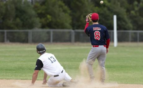 Toowoomba Rangers stretched their current winning streak to seven with a 7-1 victory over Windsor today.
