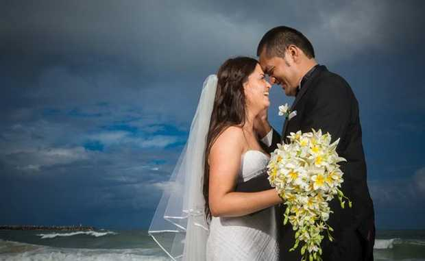 Jane and Selau Mailata were married at Yamba on 12/12/12