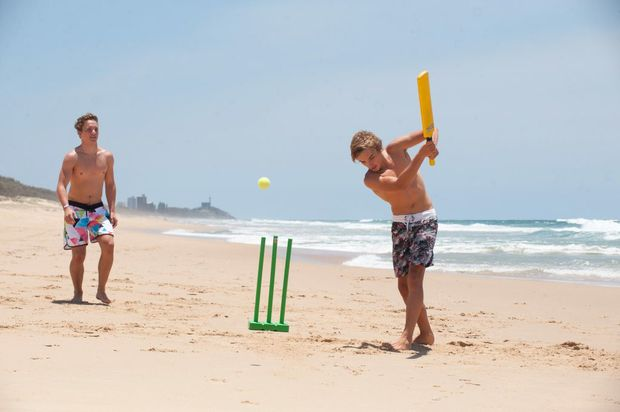Queenslanders plan a family day at the beach with forecasters saying the weather looks favourable for Christmas Day.