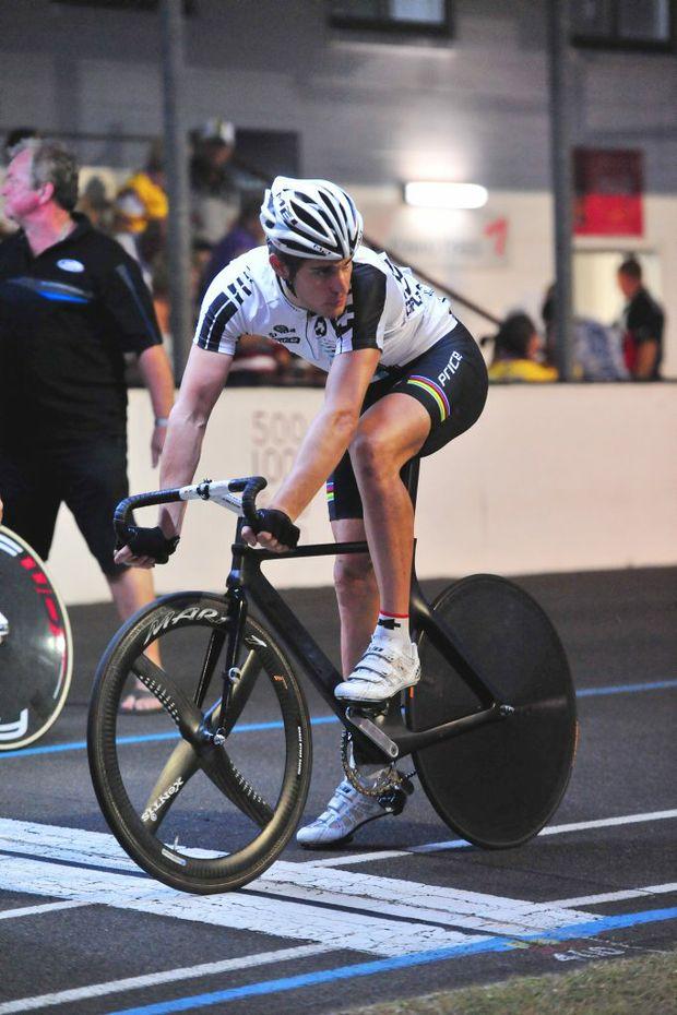 READY TO GO: Franco Marvulli at the 2012 Bundaberg Cycling Spectacular. Photo: Ben Turnbull / NewsMail