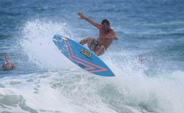 Fun waves at the Pocket at Kawana.