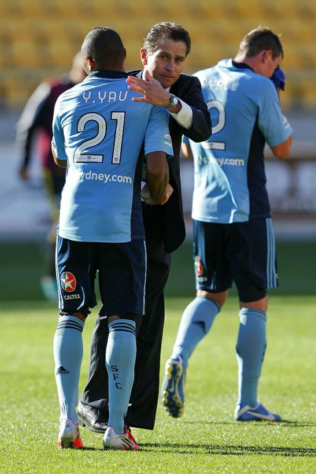 Coach Frank Farina of Sydney FC congratulates Yairo Yau after the final whistle during the round 10 A-League match between Wellington Phoenix and Sydney FC at Westpac Stadium on December 9, 2012 in Wellington, New Zealand.