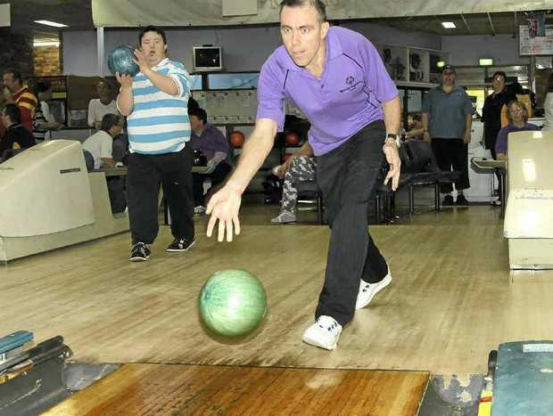 Strike some fun ten pin bowling in Grafton.