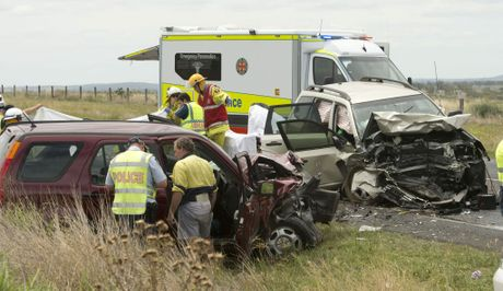 Head on crash between two vehicles, one kilometre east of Zimms corner on Warrego Highway.
