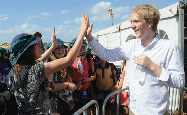 Scouts high-five comedian Josh Thomas at the 2013 Scout Jamboree.