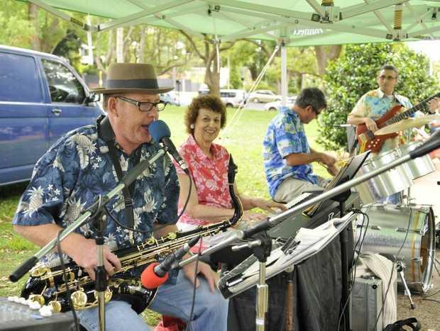 The Alison Bryant Quartet entertain at Queens Park.